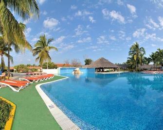 Brisas Santa Lucia - Playa Santa Lucía - Pool