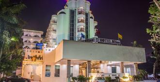 ホテル ブリス - ティルパティ