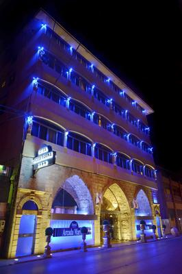 Arcada Marina Hotel - Jounieh - Building