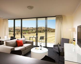 Rydges Mount Panorama Bathurst - Bathurst - Living room