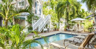 Andrews Inn & Garden Cottages - Key West