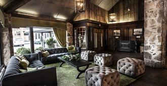 Old Stone Inn Boutique Hotel - ניאגרה פולס - טרקלין
