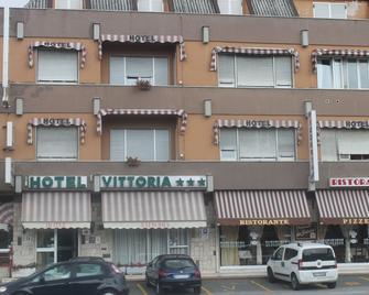 Albergo Vittoria - Ovada - Building