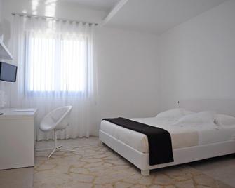 Pietre Nere Resort - Modica - Slaapkamer