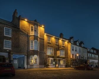 The Golden Fleece Hotel - Thirsk - Gebäude