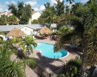 Twin Palms at Siesta - Sarasota - Pool