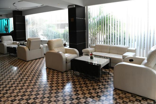 Juffair Gate Hotel - Manama - Sala de estar