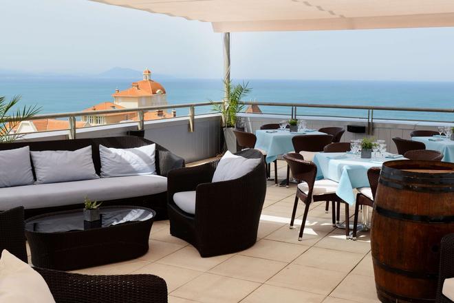 Radisson Blu Hotel, Biarritz - Biarritz - Bar