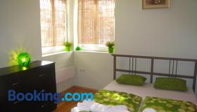 Elegance Hostel and Guesthouse - Sofia - Phòng ngủ