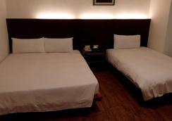 松夏大飯店 - 台東市 - 臥室
