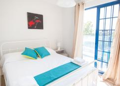 Must Stay - Evripidou Holiday Flats - Larnaca - Bedroom