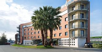 B&B Hotel Pisa - Pisa - Rakennus