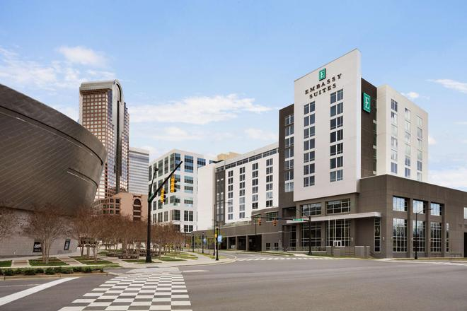 Embassy Suites by Hilton Charlotte Uptown - Charlotte - Gebäude