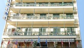 Hotel Delfini - Pireus - Bygning