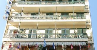Hotel Delfini - Pireo - Edificio
