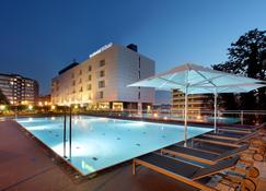 Occidental Bilbao - บิลเบา - สระว่ายน้ำ
