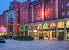 Ibis Epernay Centre Ville - Épernay - Κτίριο