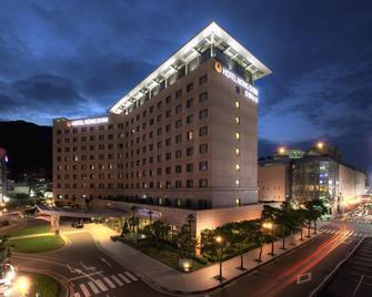 Hotel Nongshim - Busan - Building