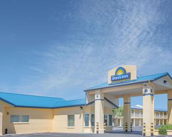 Days Inn by Wyndham Deming - Deming - Building