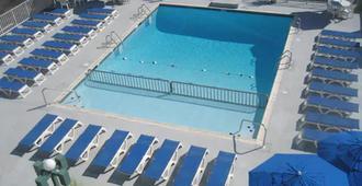 The Diplomat Beach Club Suites - Wildwood - Pool