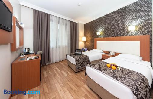Grand Avcilar Airport Hotel - Istanbul - Phòng ngủ