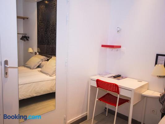 Hôtel Saint Jean - Tours - Bedroom