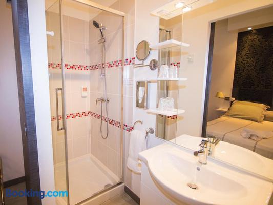 Hôtel Saint Jean - Tours - Bathroom