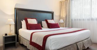 Hotel Charlemagne - Lyon - Bedroom