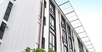 Marigold Ramkhamhaeng Boutique Apartment - Bangkok - Edificio