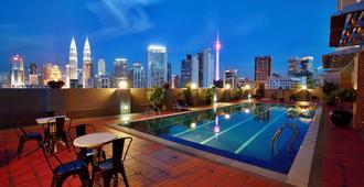 The Regency Hotel Kuala Lumpur - Kuala Lumpur - Piscina