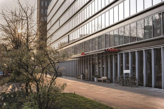 Adina Apartment Hotel Hamburg Speicherstadt - Hamburgo - Edificio