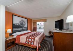 Super 8 by Wyndham Dandridge - Dandridge - Schlafzimmer