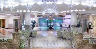 Panorama Hotel - מאנאמה - לובי