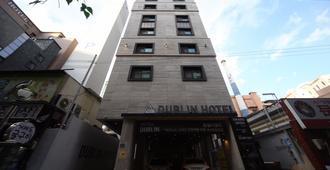 Dublin Hotel - Busán - Edificio