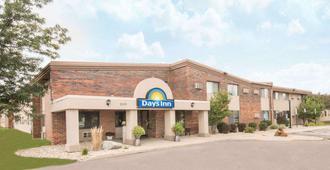 Days Inn by Wyndham Sioux Falls Airport - סו פולס