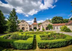 Palac I Folwark Galiny - Bartoszyce - Edificio