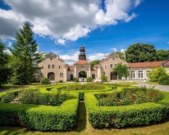 Palac I Folwark Galiny - Bartoszyce - Building