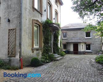 B&B Les Tilleuls - Vielsalm - Building