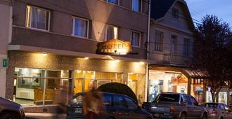 Hotel Premier - San Carlos de Bariloche - Building