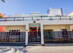 Oyo 22302 Home Luxury Studio Promenade Beach - Pondichéry - Bâtiment