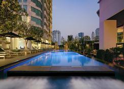 Jc Kevin Sathorn Bangkok Hotel - Băng Cốc - Bể bơi