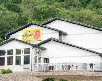 Super 8 Winona MN - Winona - Gebäude