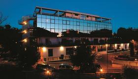 地區酒店 - 羅馬 - 羅馬 - 建築