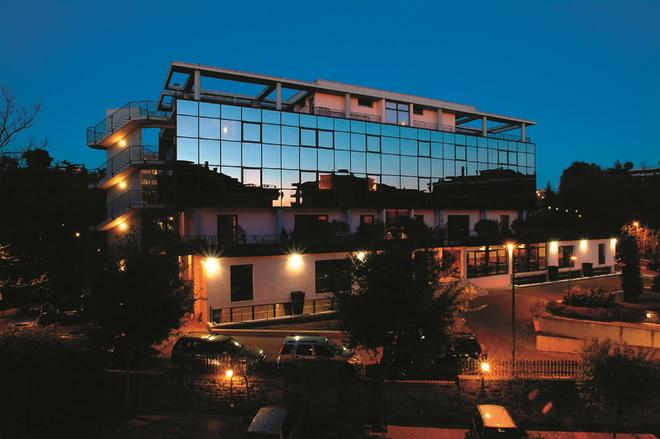 Hotel Zone - Rooma - Rakennus