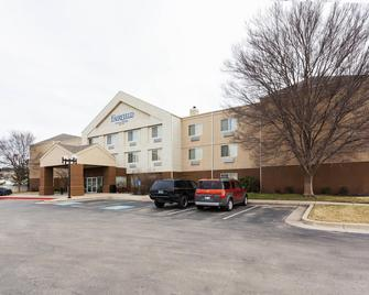 Fairfield Inn Ponca City - Ponca City - Building