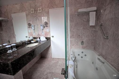 Dm Hotel Andino Resort & Spa - La Paz - Kylpyhuone