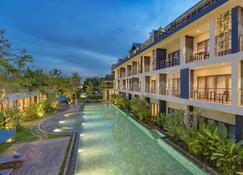 Sakmut Hotel & Spa - Siem Reap - Havuz