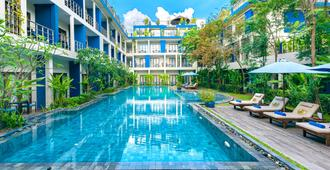 Sakmut Hotel & Spa - Siem Reap - Pool