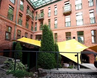 Best Western Santakos Hotel - Kaunas - Building