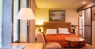 Best Western Santakos Hotel - Kauen - Schlafzimmer